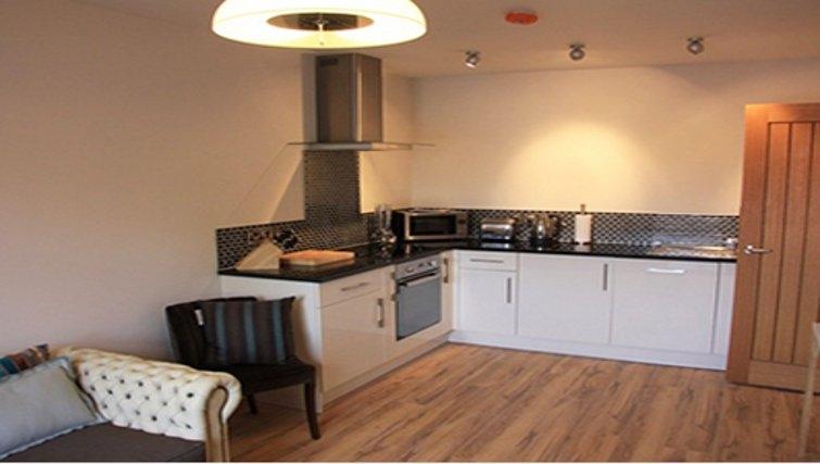 Delightful kitchen in Bridge Apartments - Citybase Apartments