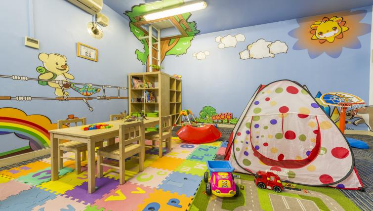 Children's play area at Somerset Bencoolen Apartments, Singapore - Citybase Apartments