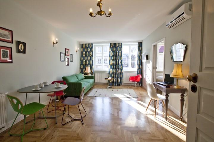 Dining area at Rosa and Manka Apartments - Citybase Apartments