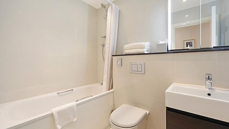 Pristine bathroom at Ashburn Court Apartments - Citybase Apartments