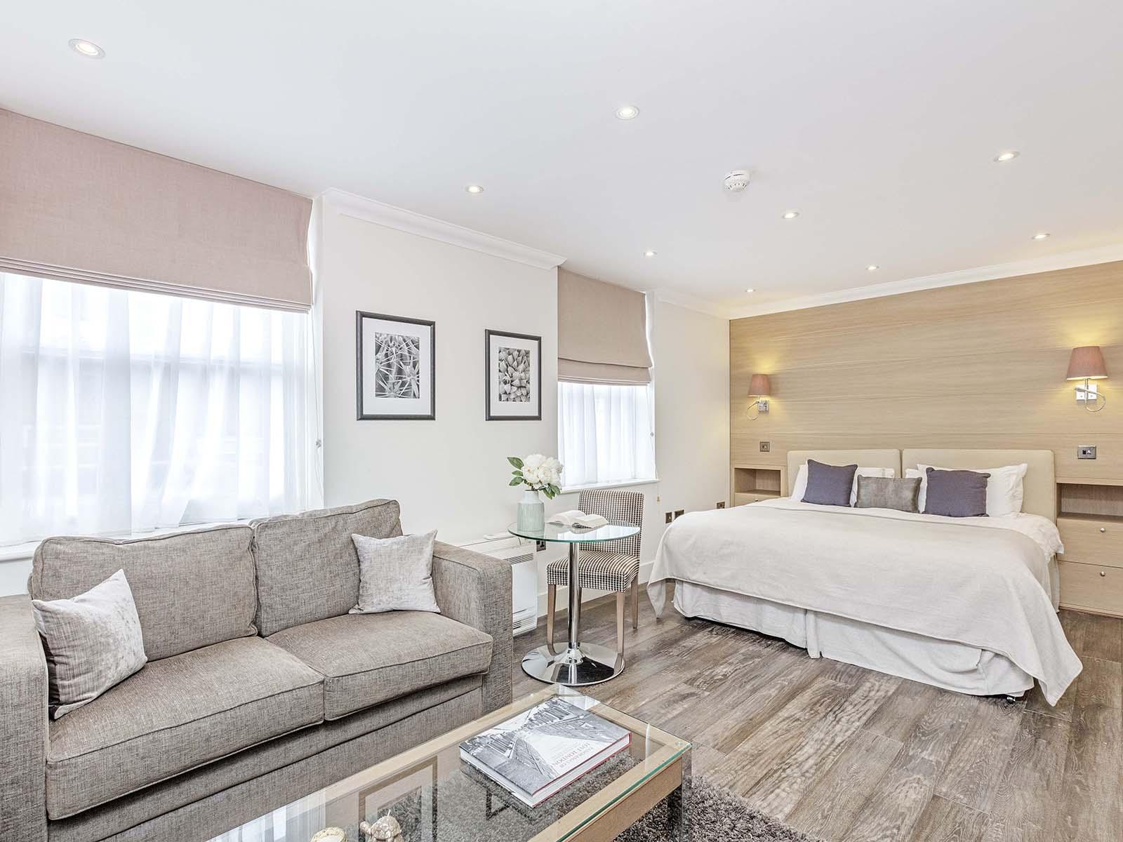 Sofa at Ashburn Court Apartments - Citybase Apartments
