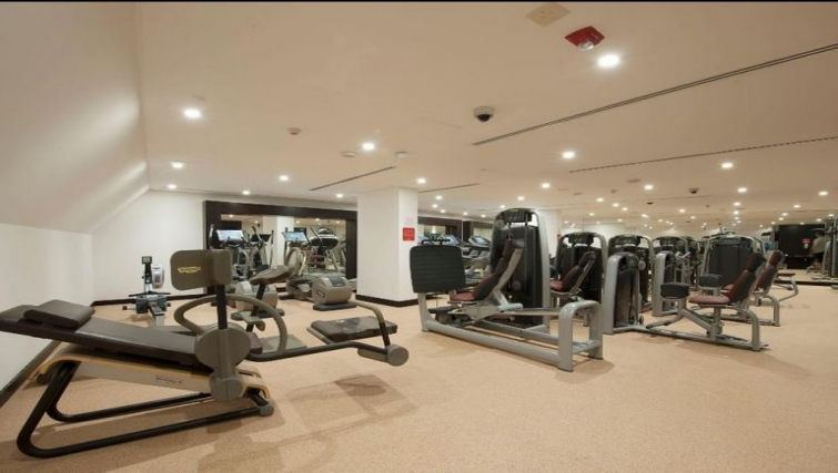 Equipped gym in Crowne Plaza Doha - The Business Park - Citybase Apartments