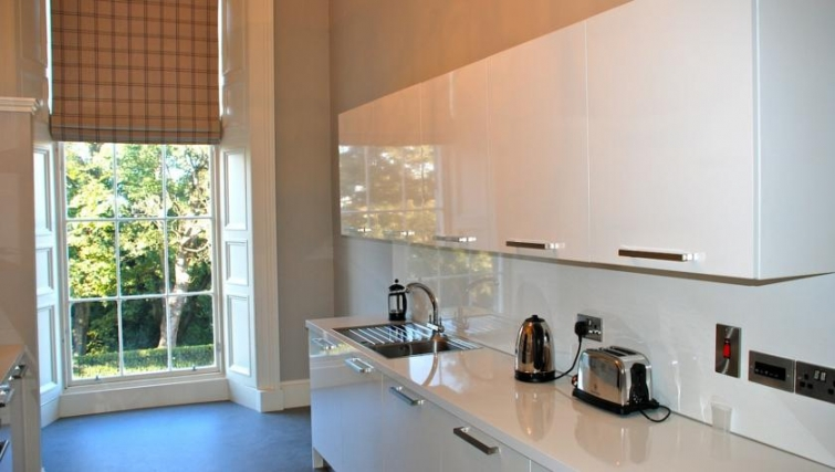 Bright kitchen in Q Residence Apartments - Citybase Apartments