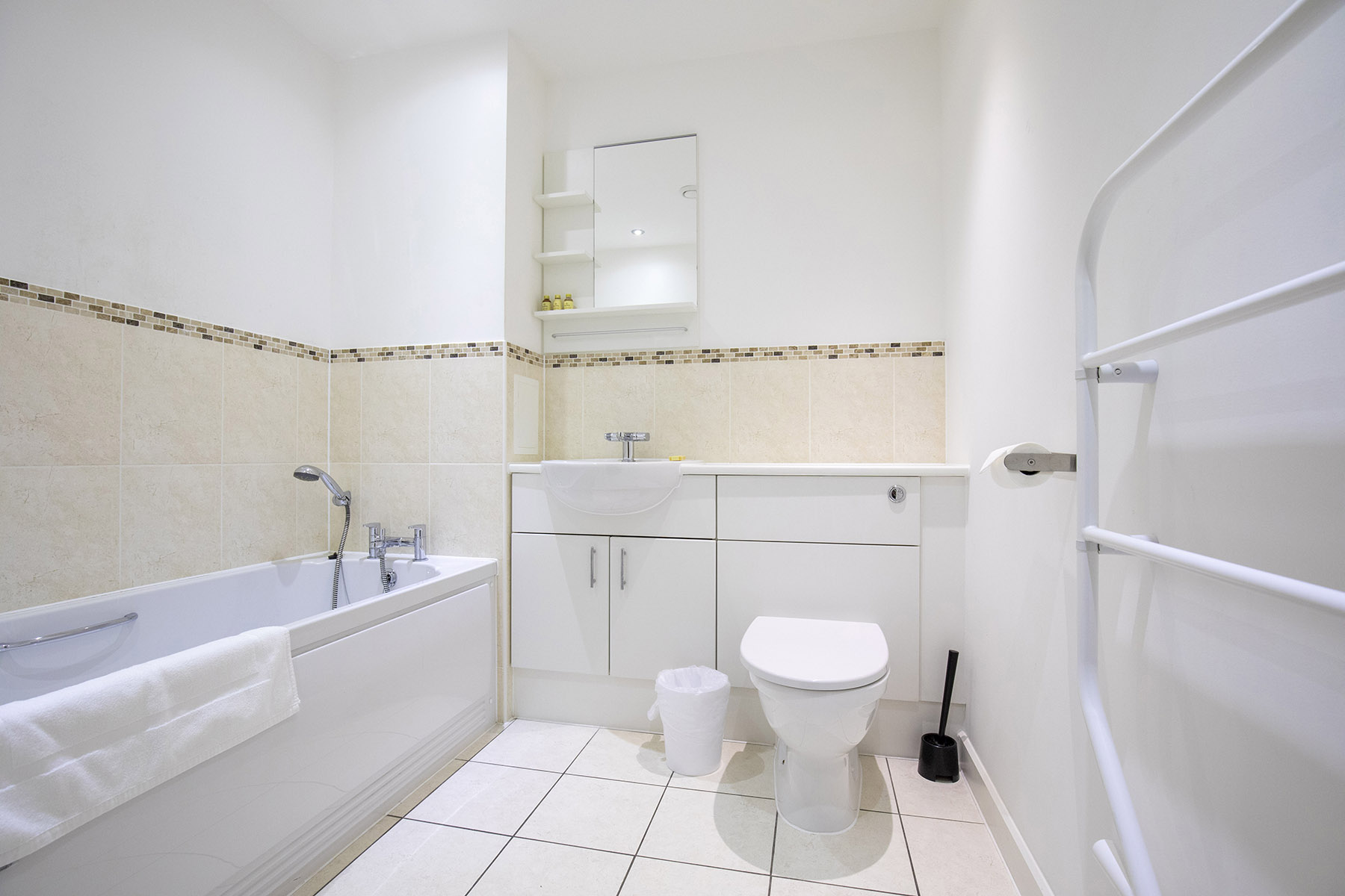 Bathroom at New Central Apartments, Centre, Woking - Citybase Apartments