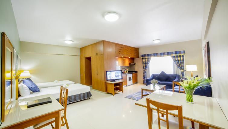 Spacious studio apartment at Golden Sands Apartments - Citybase Apartments