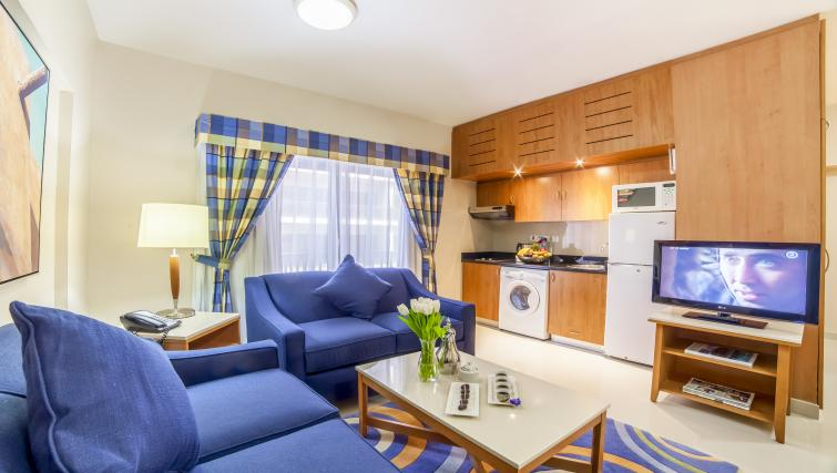 Comfortable studio at Golden Sands Apartments - Citybase Apartments