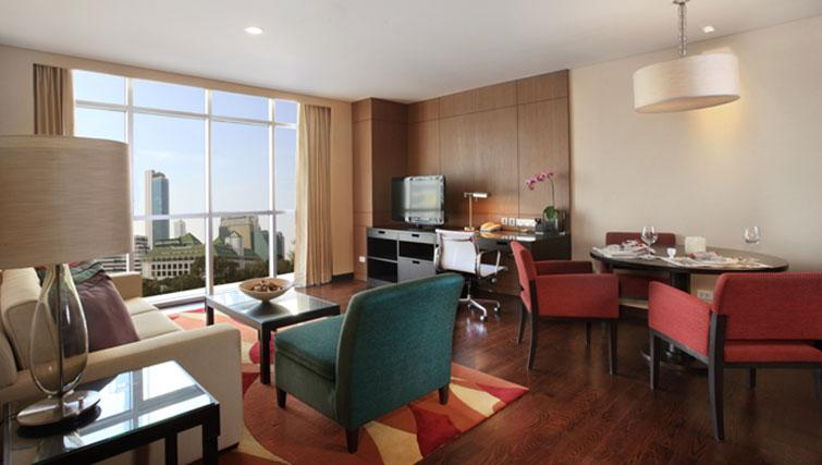 Study/living area at Marriott Executive Apartments Sathorn Vista - Bangkok - Citybase Apartments