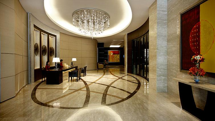 Lobby area at Marriott Executive Apartments Sathorn Vista - Bangkok - Citybase Apartments