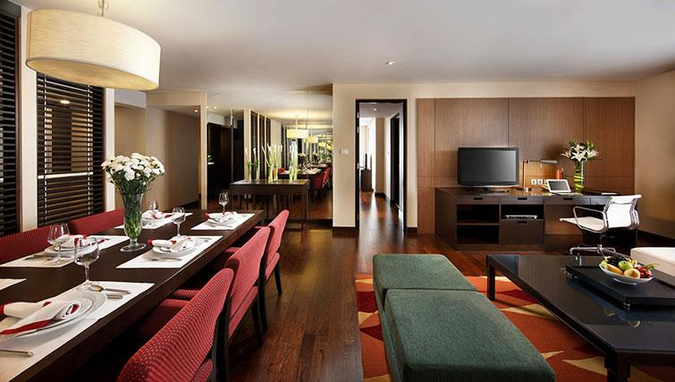 Living/dining area at Marriott Executive Apartments Sathorn Vista - Bangkok - Citybase Apartments