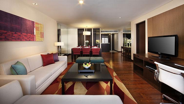 Stylish living area in Marriott Executive Apartments Sathorn Vista - Bangkok - Citybase Apartments