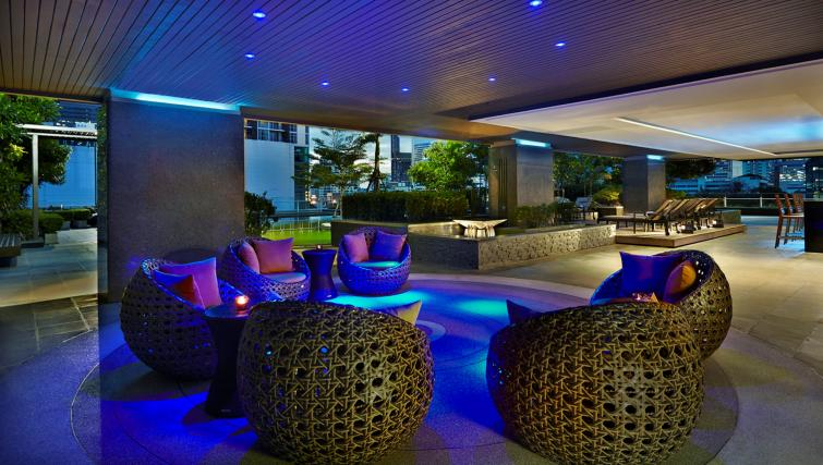 Pool bar at Marriott Executive Apartments Sathorn Vista - Bangkok - Citybase Apartments