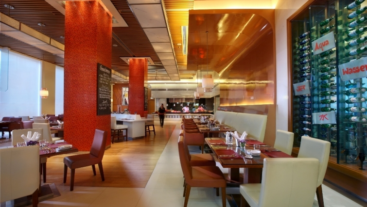 Fantastic restaurant in Marriott Executive Apartments Sukhumvit Park - Bangkok - Citybase Apartments