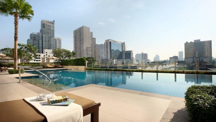 Gorgeous pool in Marriott Executive Apartments Sukhumvit Park - Bangkok - Citybase Apartments