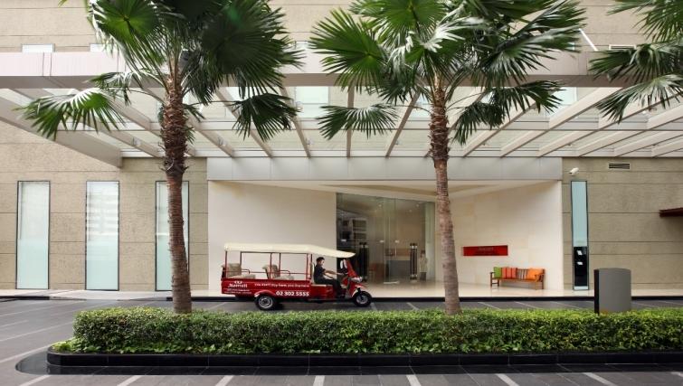 Inviting exterior of Marriott Executive Apartments Sukhumvit Park - Bangkok - Citybase Apartments