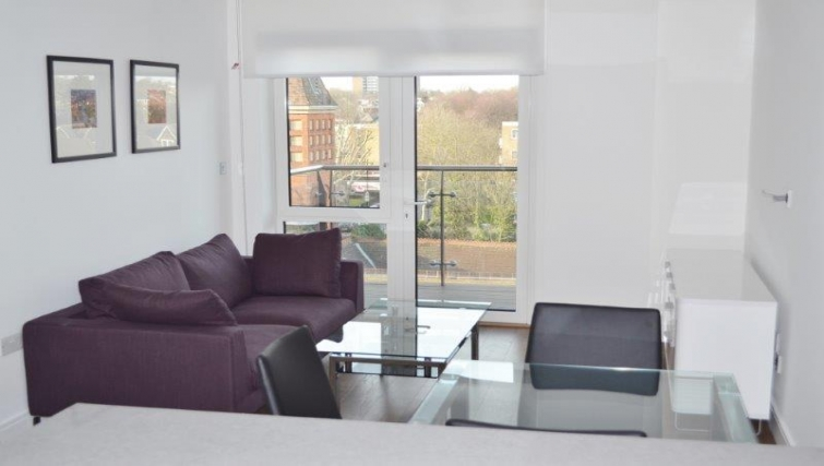 Delightful living area in Dickens Yard Apartments - Citybase Apartments