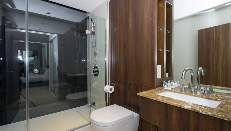 Pristine bathroom in Dickens Yard Apartments - Citybase Apartments