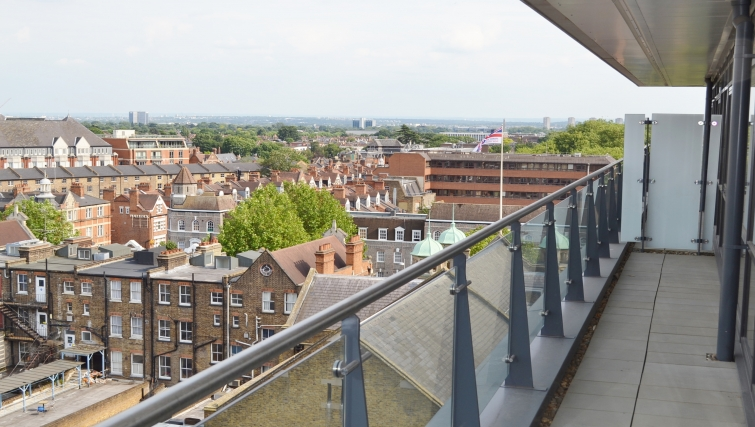 Private balcony in Dickens Yard Apartments - Citybase Apartments