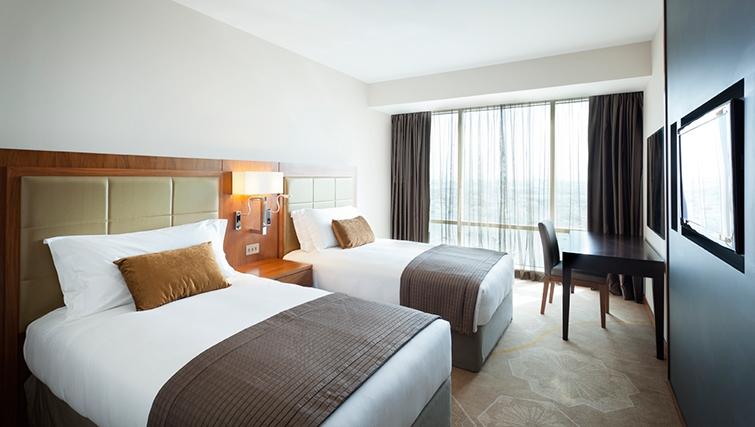 Twin bedroom at InterContinental Doha The City - Citybase Apartments