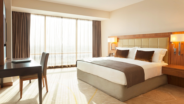 Relaxing bedroom in InterContinental Doha The City - Citybase Apartments