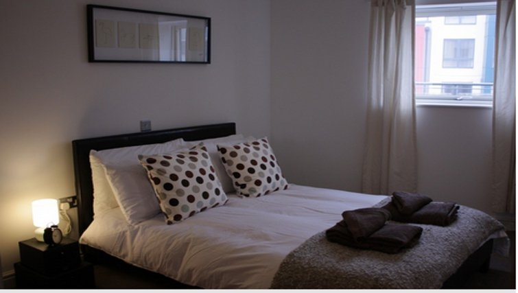 Attractive bedroom in Paper Mill Apartments - Citybase Apartments