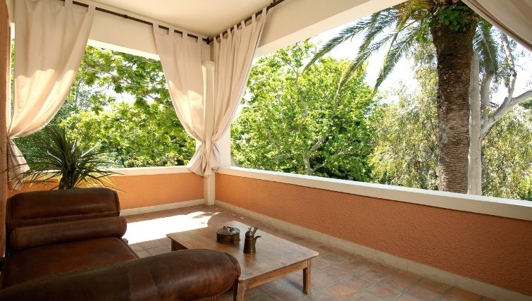 Gorgeous balcony in The Kefalari Suites - Citybase Apartments