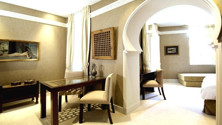 Charming living area in The Kefalari Suites - Citybase Apartments