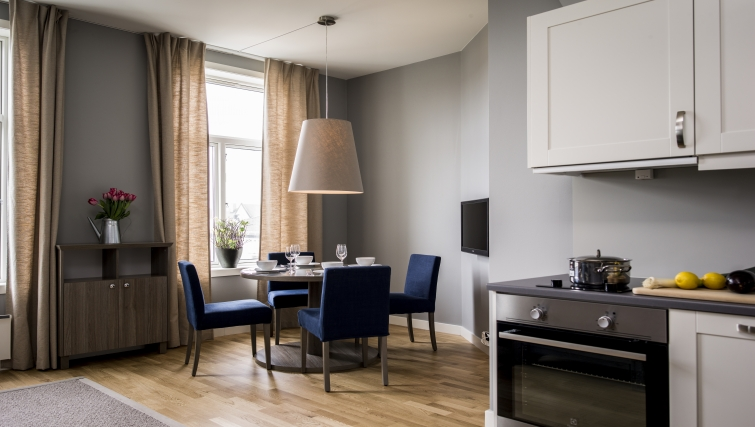 Classy dining area in Oscargate Apartments - Citybase Apartments