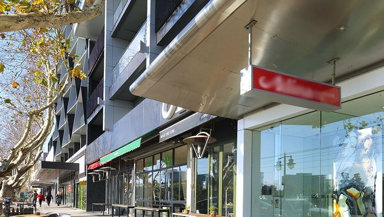 Charming exterior of Adina Apartment Hotel Melbourne, St Kilda - Citybase Apartments