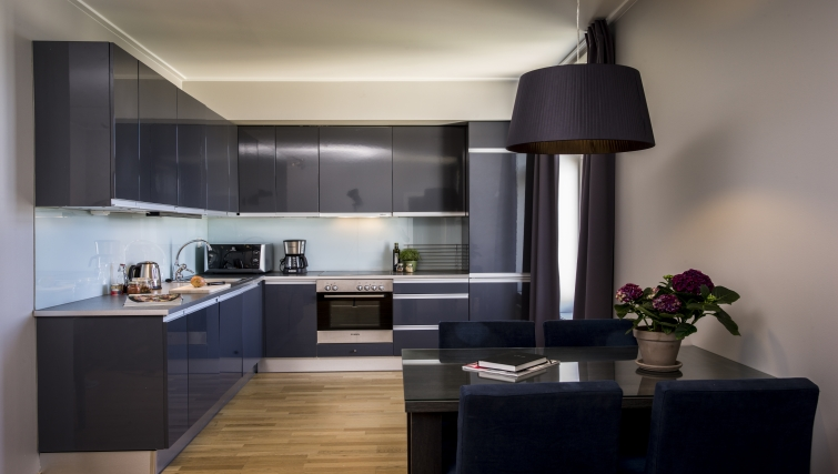 Contemporary kitchen in Underhaugsveien Apartments. - Citybase Apartments