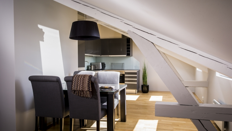 Comfortable dining area in Underhaugsveien Apartments. - Citybase Apartments