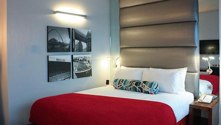 Cosy bedroom in Sandman Signature Newcastle Hotel - Citybase Apartments