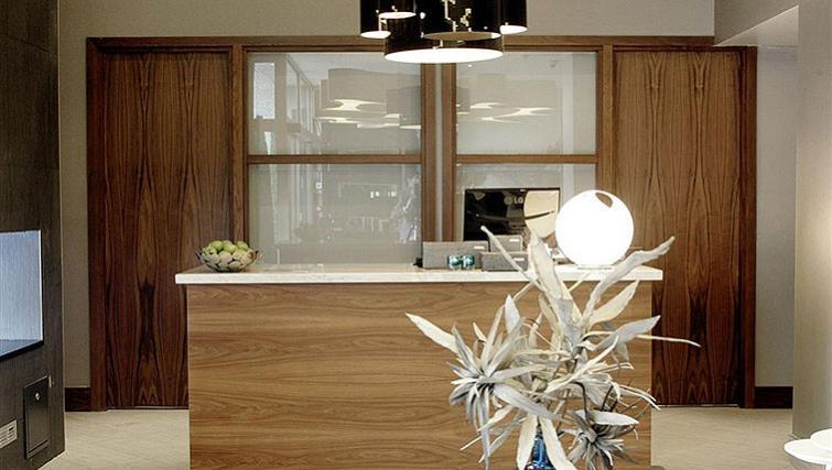 Bright work area in Sandman Signature Newcastle Hotel - Citybase Apartments