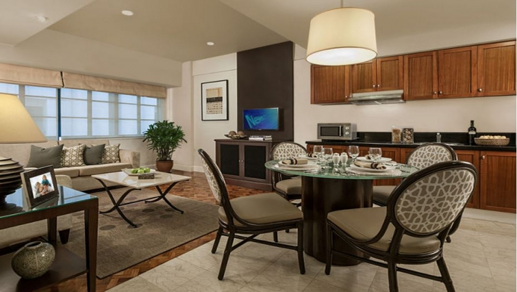Dining area in Somerset Olympia Apartments - Citybase Apartments