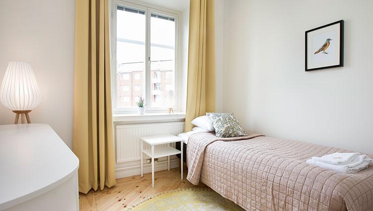 Single bedroom at Upplandsgatan Apartments - Citybase Apartments
