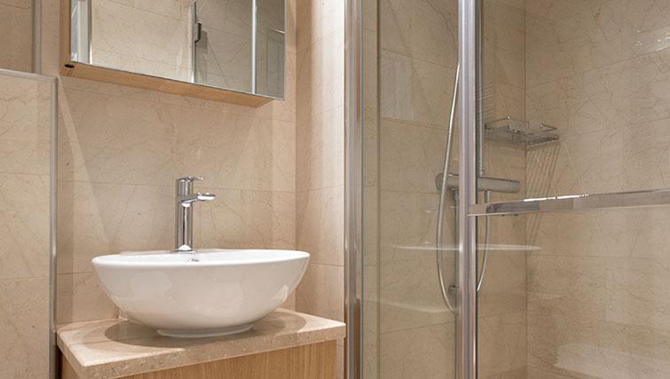 Modern shower room at Upplandsgatan Apartments - Citybase Apartments