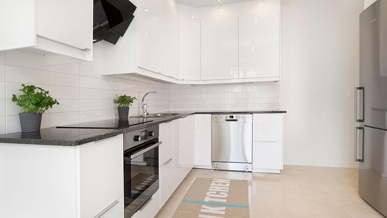 Kicthen in Uppandsgatan Apartments - Citybase Apartments