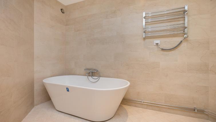 Shower room at Upplandsgatan Apartments - Citybase Apartments