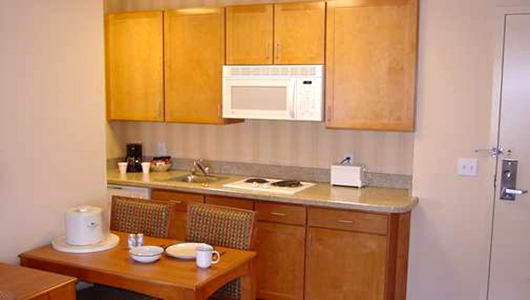 Homewood Suites San Francisco Airport North Kitchen set up - Citybase Apartments