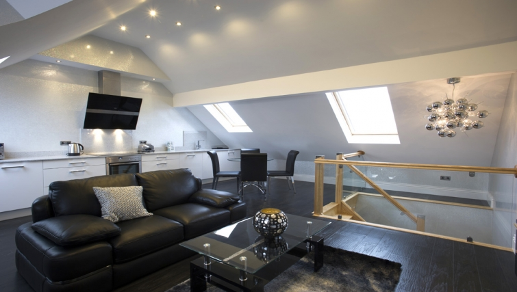 Spacious living area in 2 bedroom Breck Apartments - Citybase Apartments
