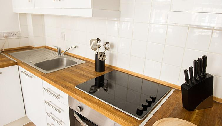 Kitchen at West End by Q Apartments - Citybase Apartments