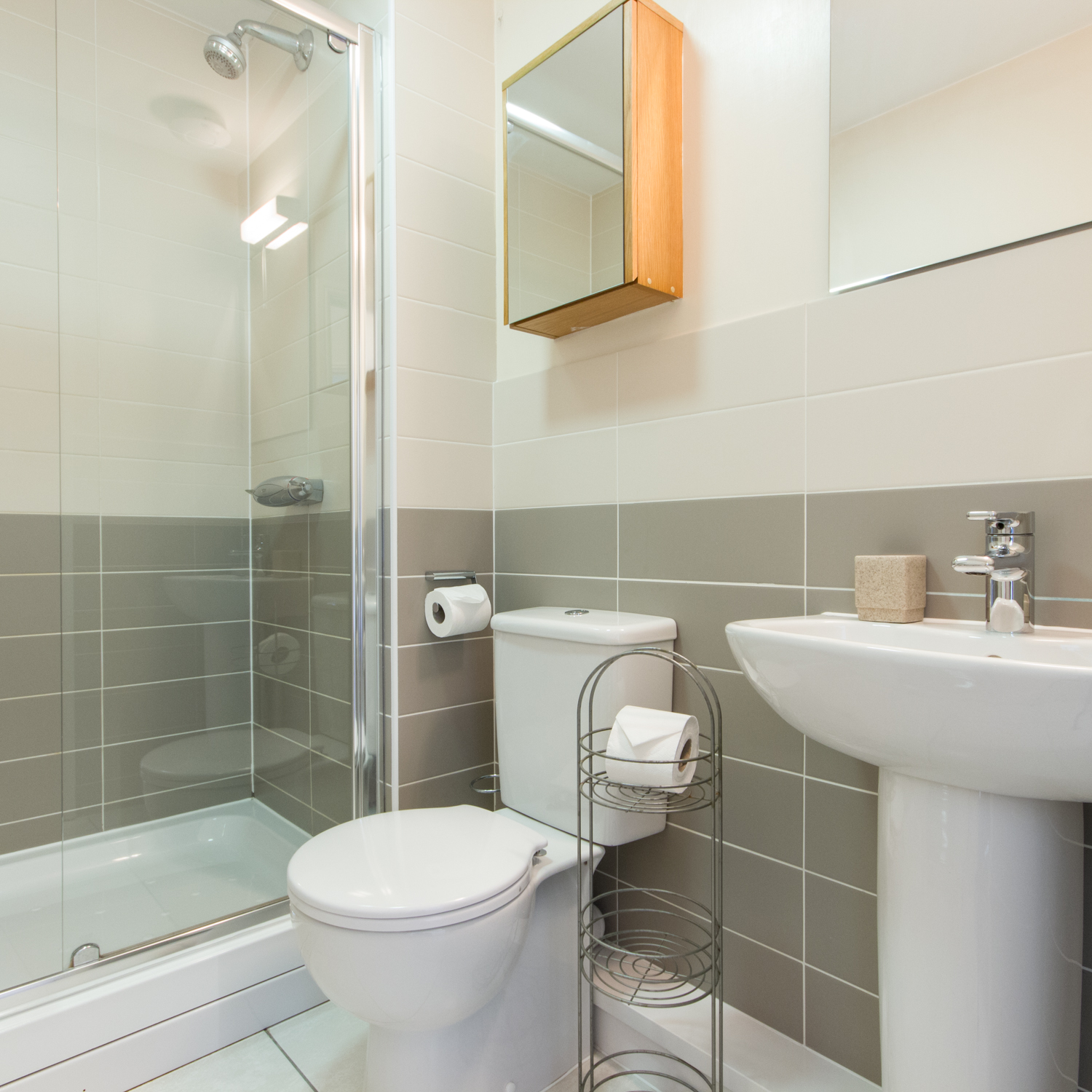 Bathroom at Cambridge Citygate Apartments - Citybase Apartments