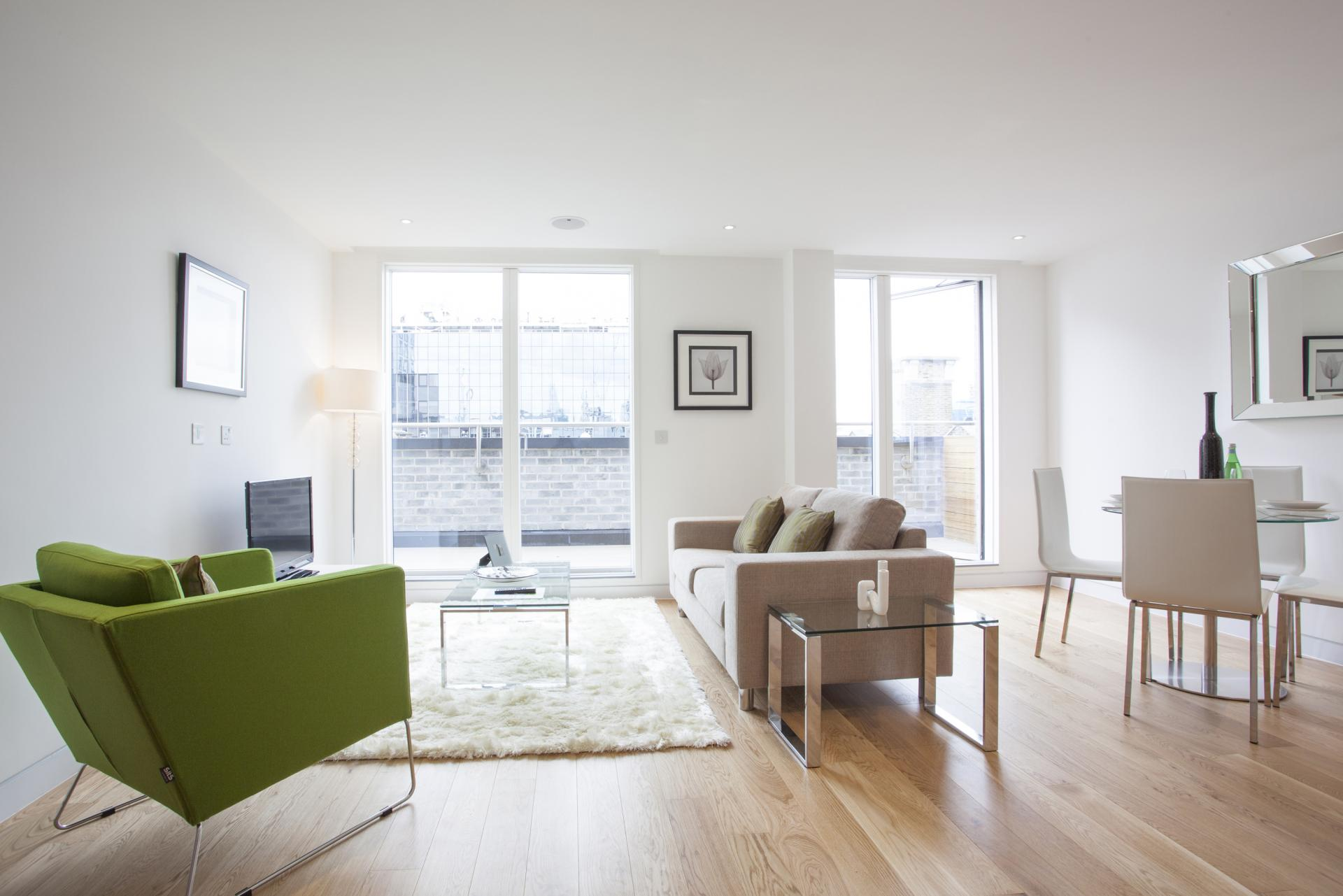 Living room at London Square Apartments - Citybase Apartments