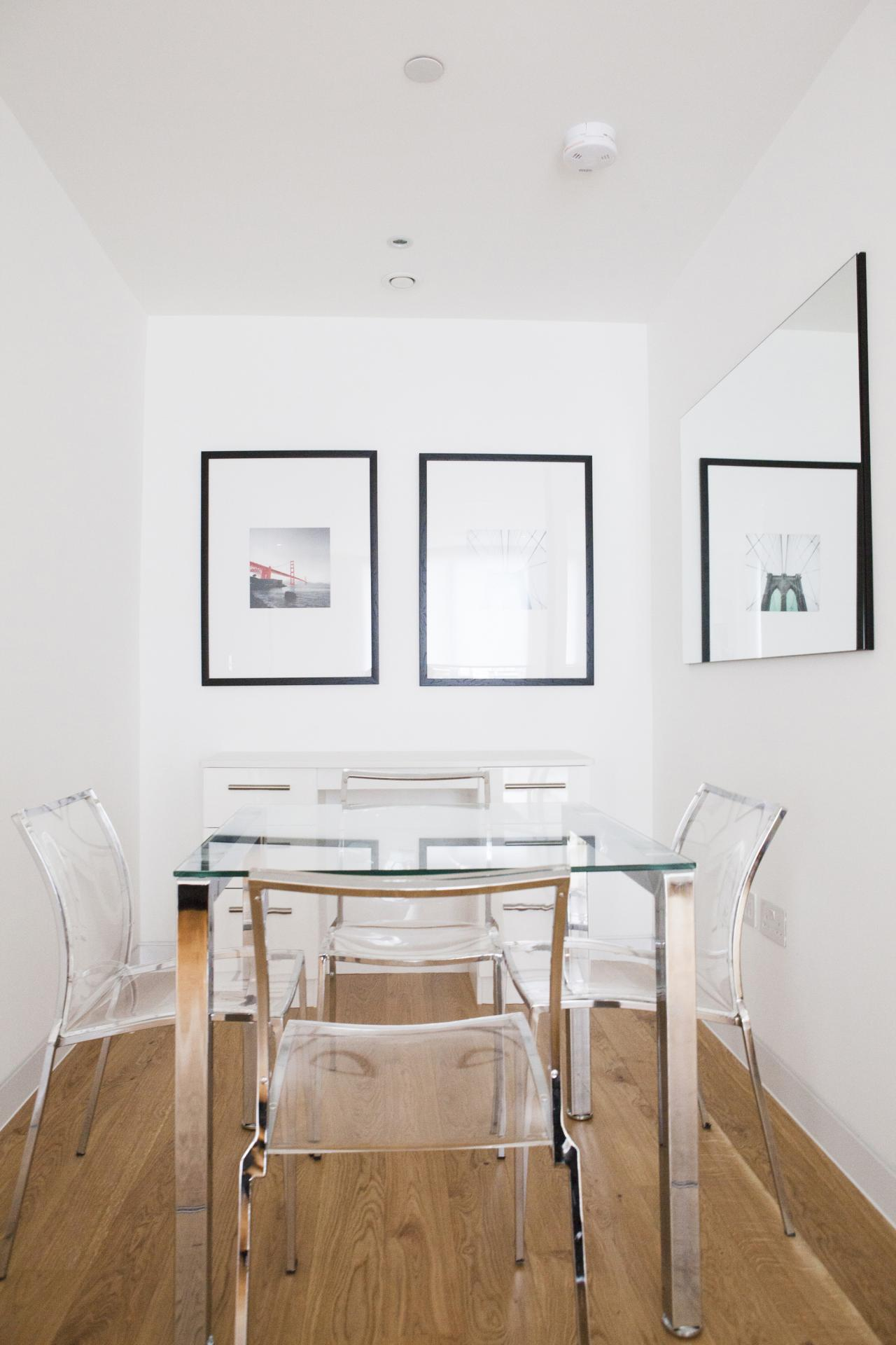 Dining area at London Square Apartments - Citybase Apartments