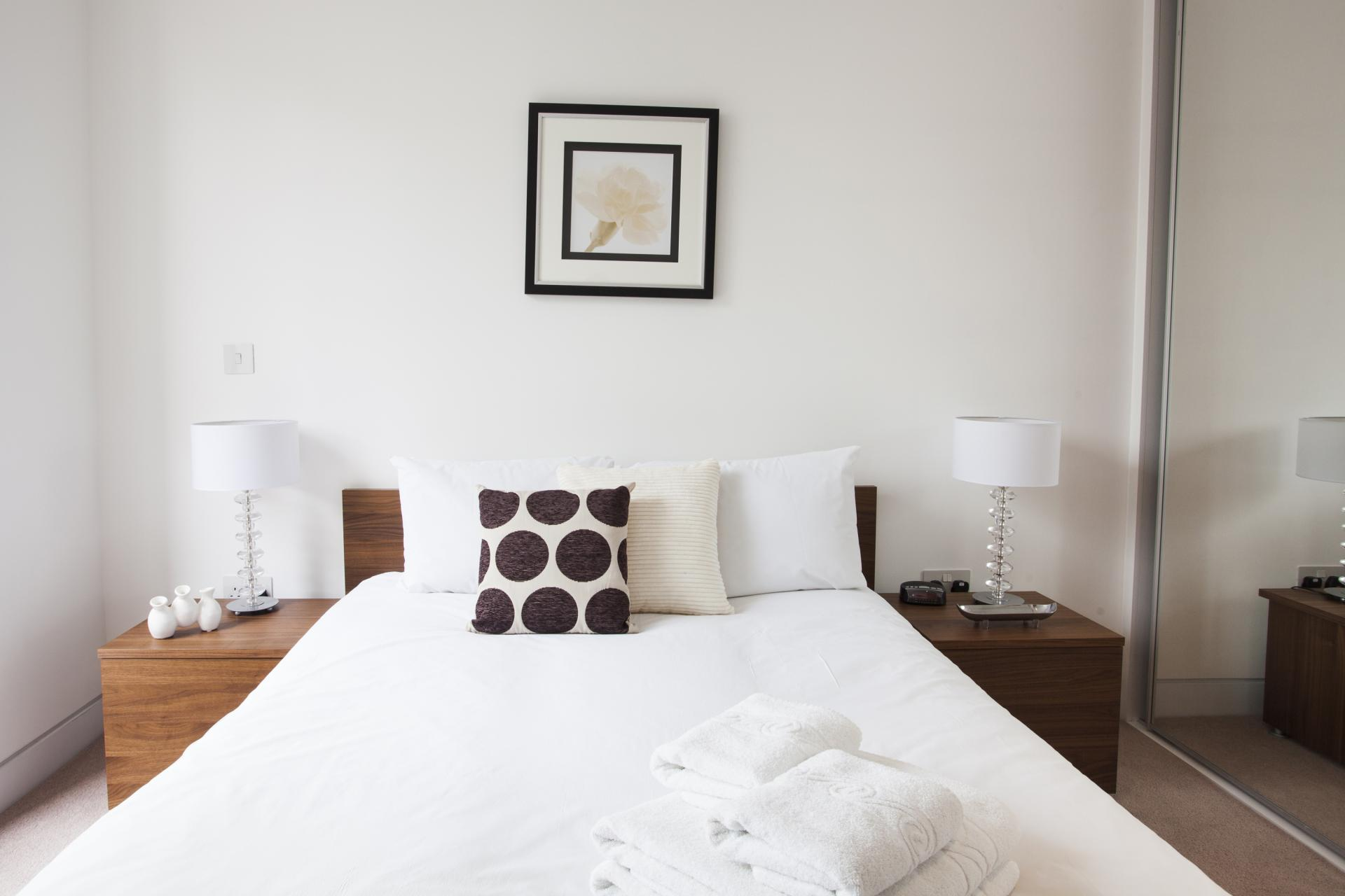 Double bed at London Square Apartments - Citybase Apartments