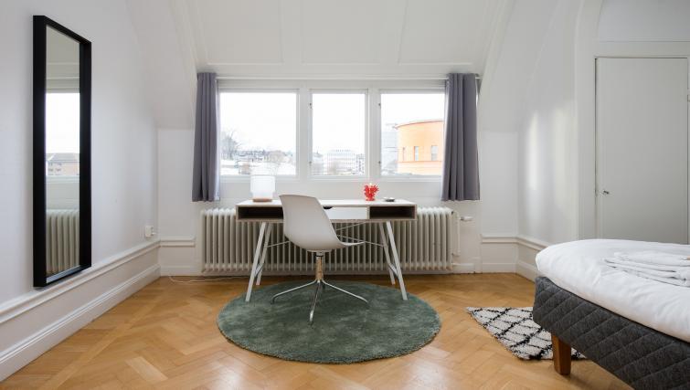 Desk at Vasastan Apartments - Citybase Apartments