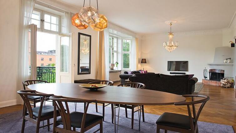 Spacious living area in Vasastan Apartments - Citybase Apartments