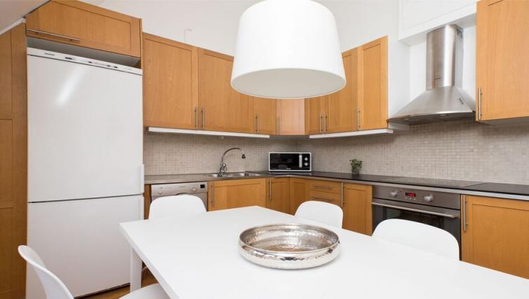 Practical kitchen in Vasastan Apartments - Citybase Apartments