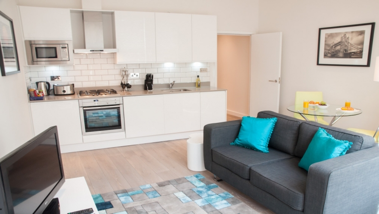 Living area at Clarendon Chandos Place - Citybase Apartments