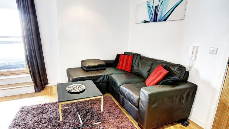 Multifunctional living area in Gateway Apartments - Citybase Apartments