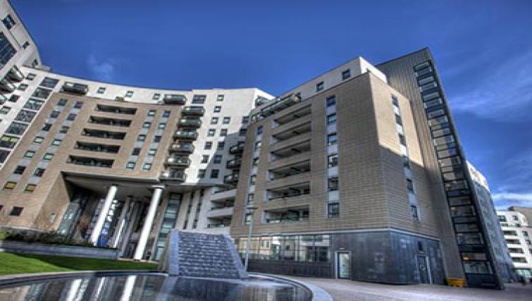 Grand exterior of Gateway Apartments - Citybase Apartments